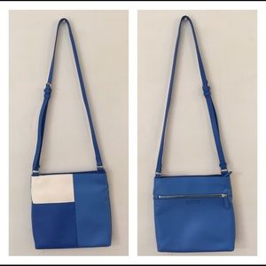 Vera Bradley blue Crossbody purse
